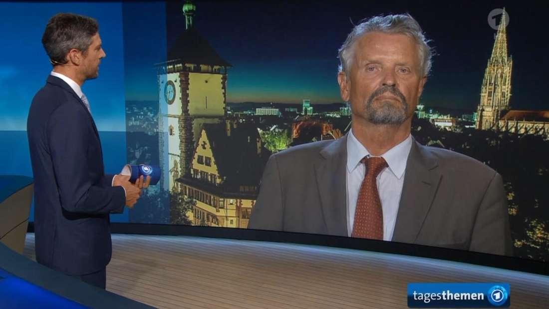 """Der frühere Russlandbeauftragte der Bundesregierung, Gernot Erler, spricht am Montagabend (24. August 2020) in den """"Tagesthemen"""" per Schalte mit Moderator Ingo Zamperoni."""