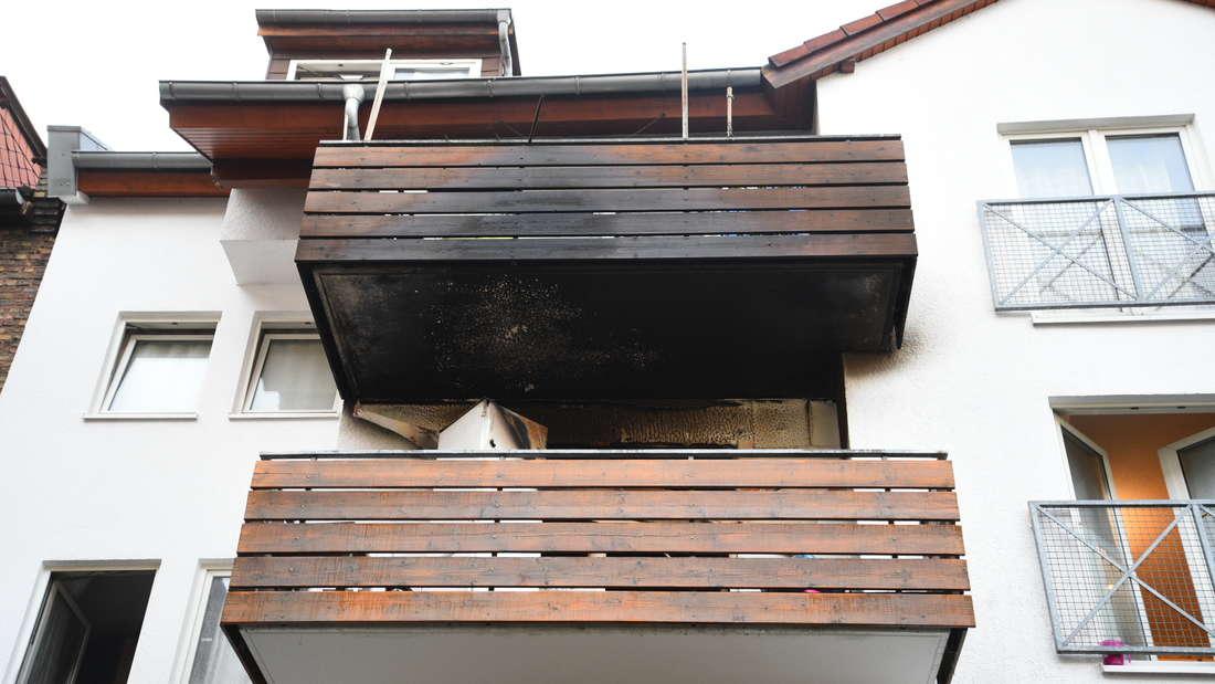 Mannheim: Brand in Mehrfamilienhaus in der Neckarstadt-West.