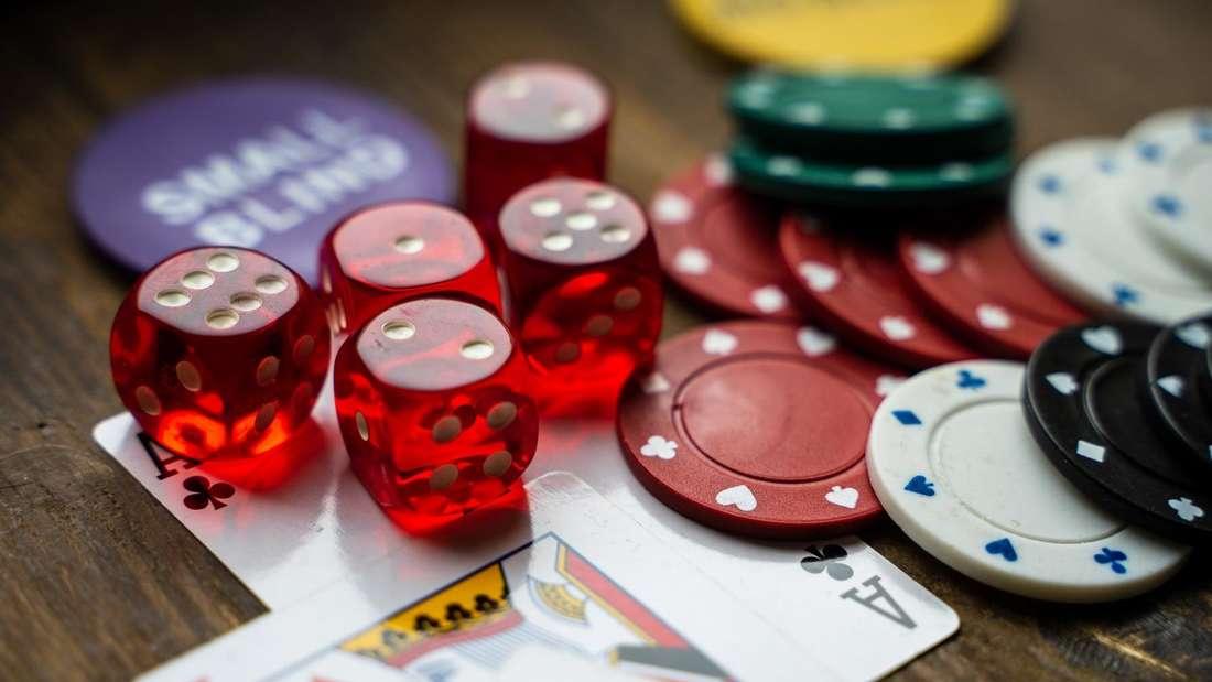 Wenn andere Freizeitveranstaltungen verboten werden, machen sich die Menschen in Online-Casinos eine gute Zeit.