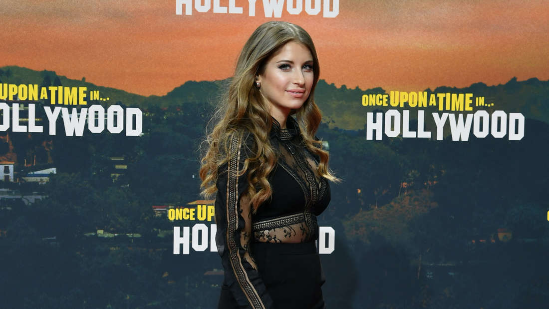 """Cathy Hummels bei der Premiere des Films """"Once upon a time...in Hollywood"""" in Berlin"""