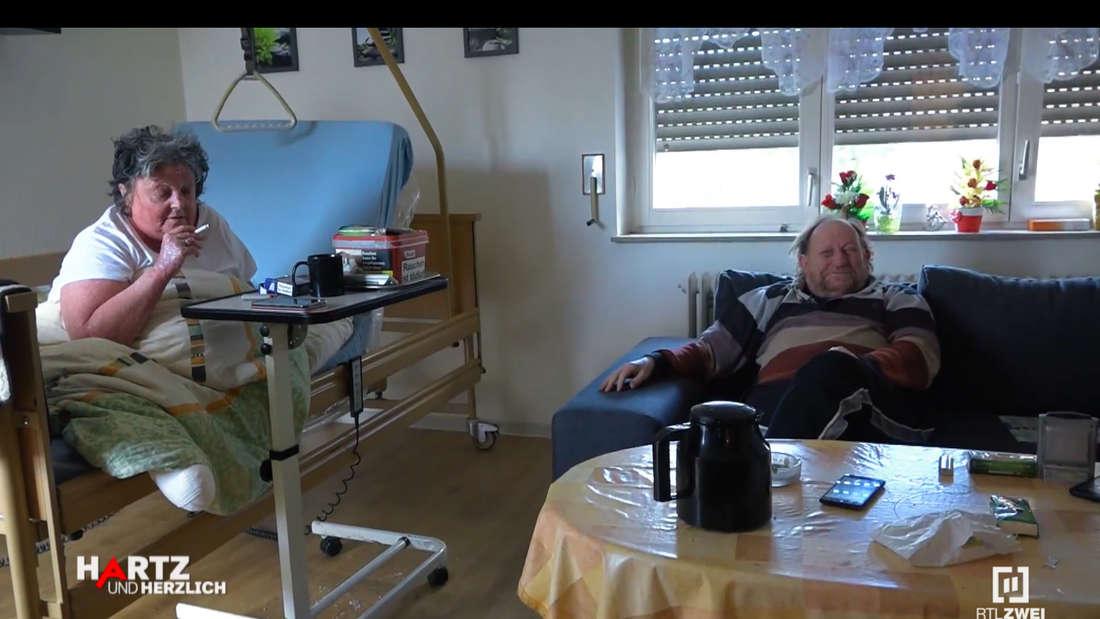 Gudrun und Michael in ihrer Wohnung in der Mannheimer Innenstadt.