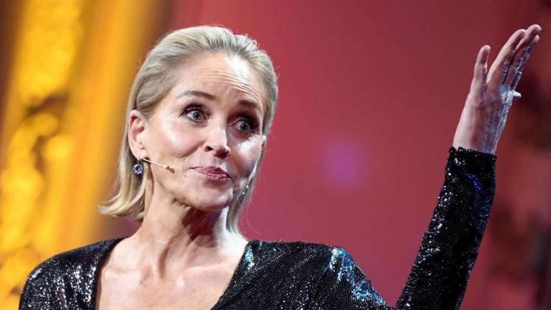 """Sharon Stone bei der Preisverleihung des """"GQ Men of the Year Awards 2019"""". Foto: Britta Pedersen/dpa-Zentralbild/dpa"""