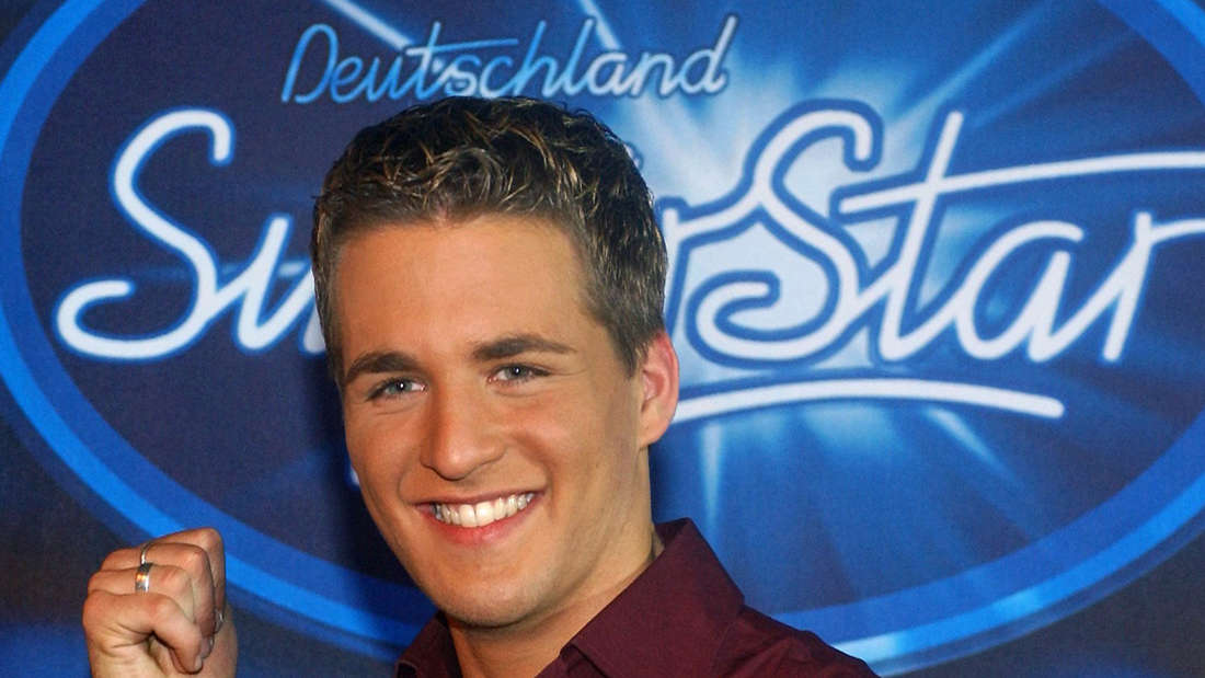 Sänger und Musical-Star Alexander Klaws bei seinem Sieg  der RTL-Show Deutschland sucht den Superstar (DSDS) in Köln