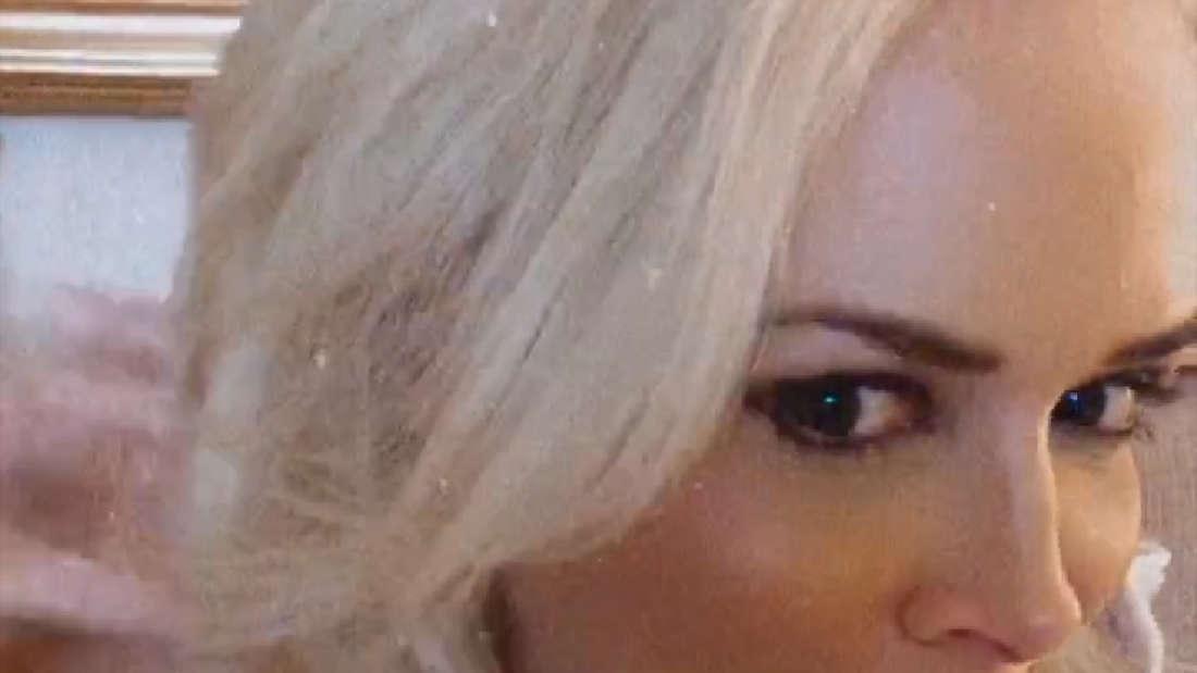 Daniela Katzenberger zeigt stolz, wie lang ihre Haare mittlerweile sind