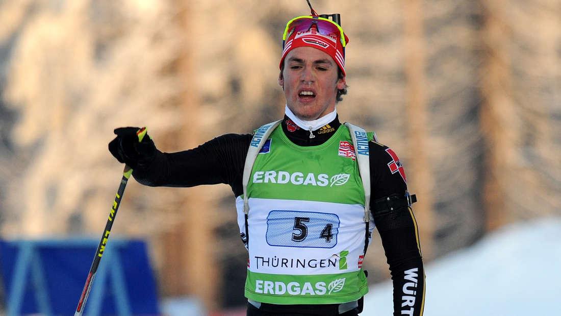 Im März 2009 gibt Simon Schempp sein Weltcup-Debüt. Schnell etabliert er sich auch in der Staffel.