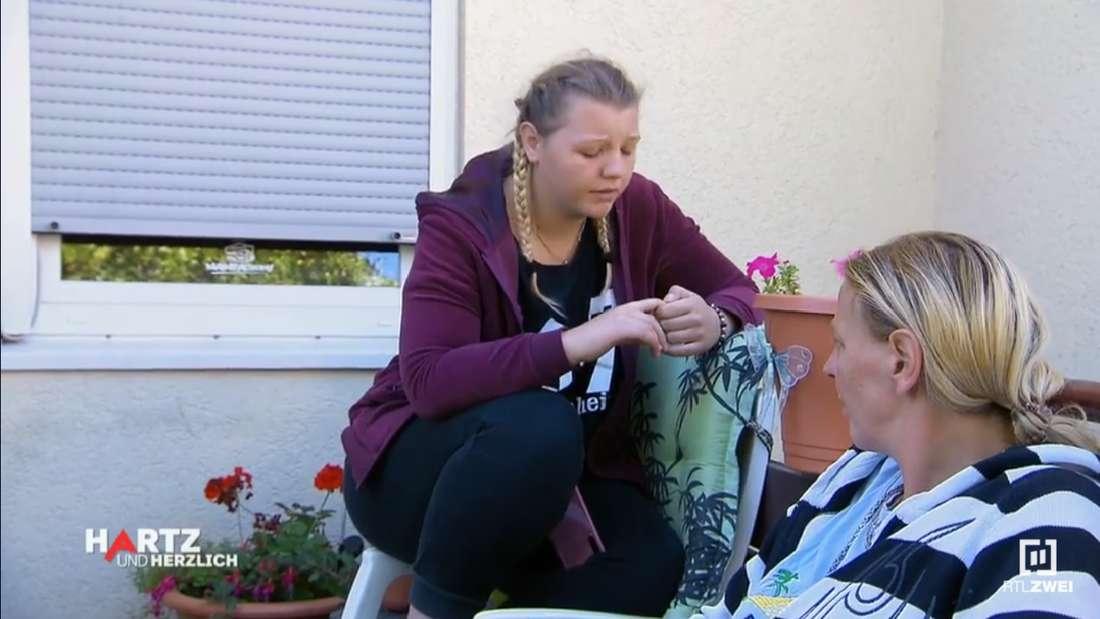 """""""Hartz und herzlich - Tag für Tag Benz Baracken"""": Jasmin (17) will das Sorgerecht für ihre Tochter wieder."""
