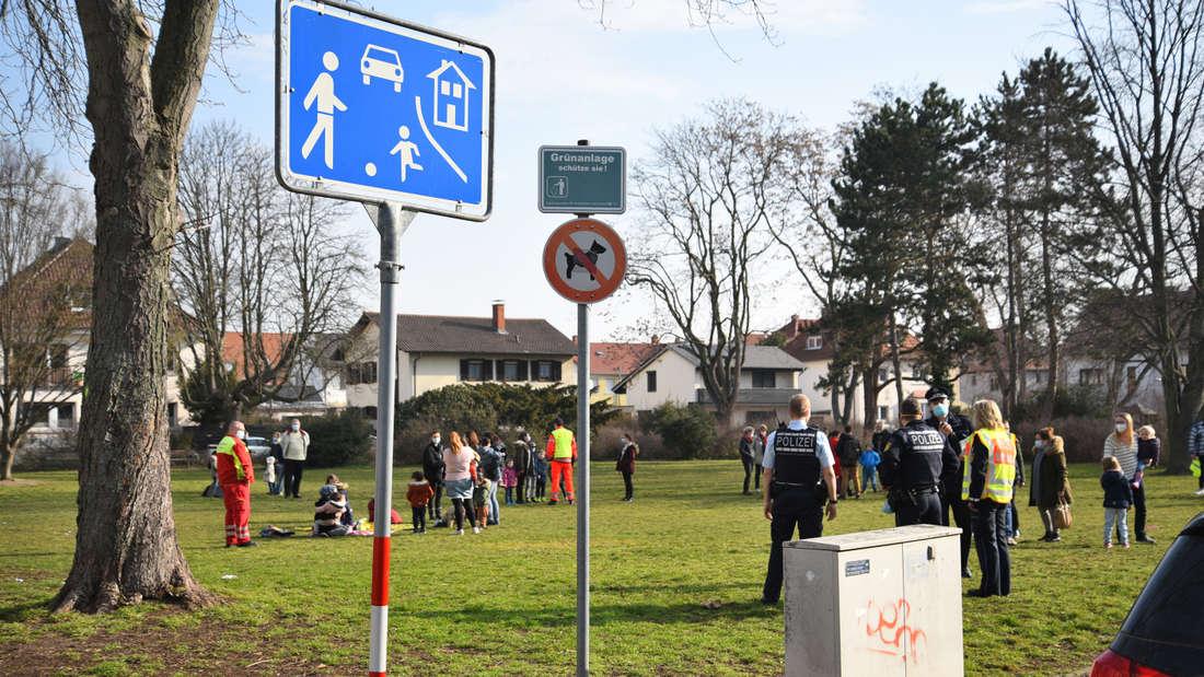 Evakuierung von 62 Kindern im Mannheimer Kinderhaus Käfertal am Donnerstagmorgen (4. März).