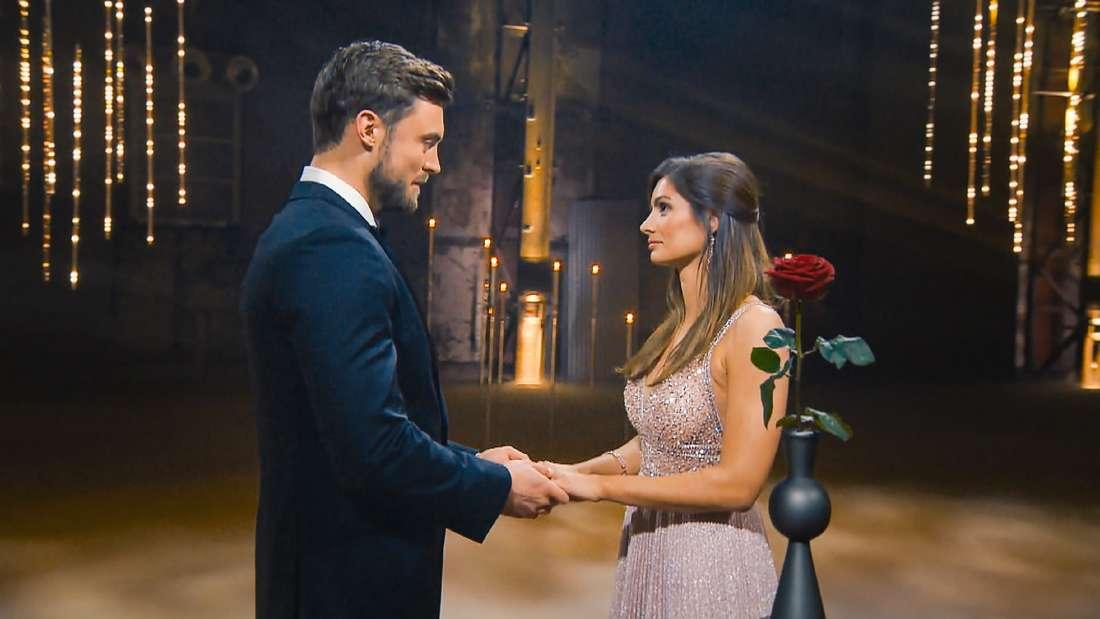 Michèle und Bachelor Niko Griesert in der letzten Nacht der Rosen.