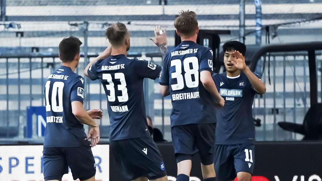 Der Karlsruher SC trägt gegen Würzburg ein Sondertrikot.