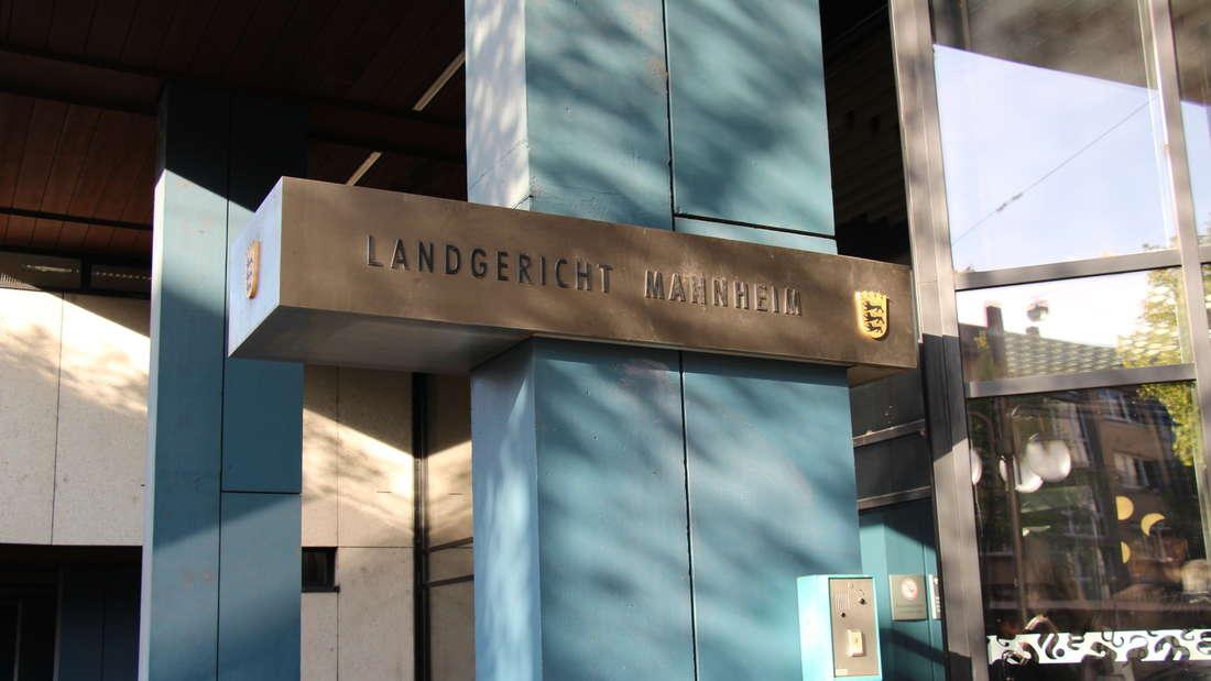 Am Mannheimer Landgericht soll ein mutmaßlicher Betrüger angeklagt werden. (Symbolfoto)