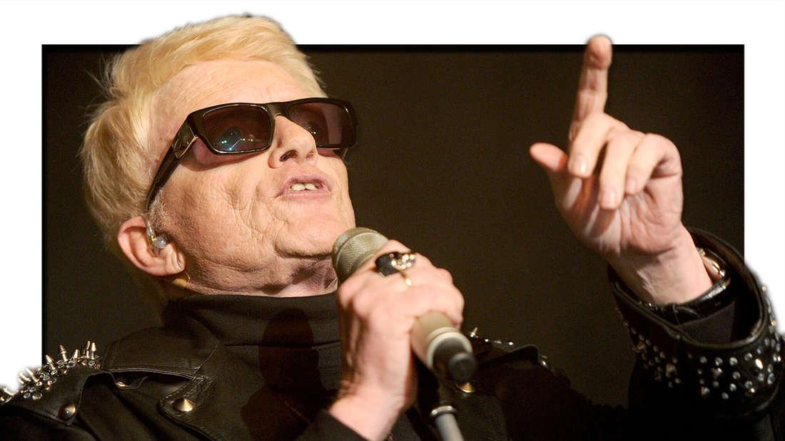 Heino steht am 01.06.2013 in Hamburg auf der Bühne (Fotomontage)