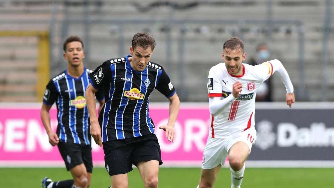 Max Christiansen (v.) wechselt wohl in die Bundesliga.
