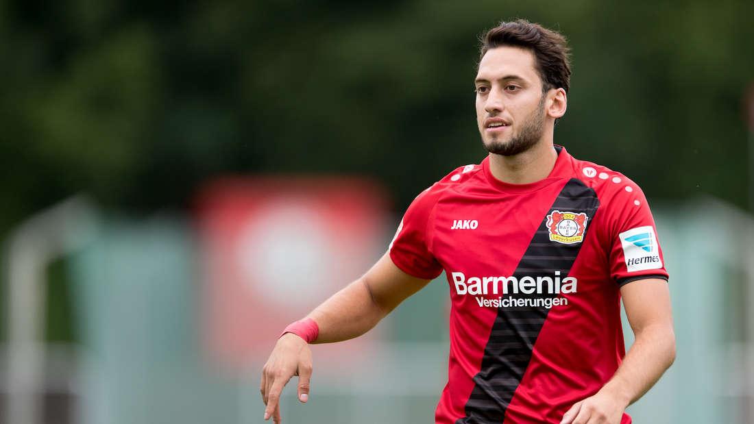 Hakan Calhanoglu erlebt eine erfolgreiche Zeit bei Bayer 04 Leverkusen.