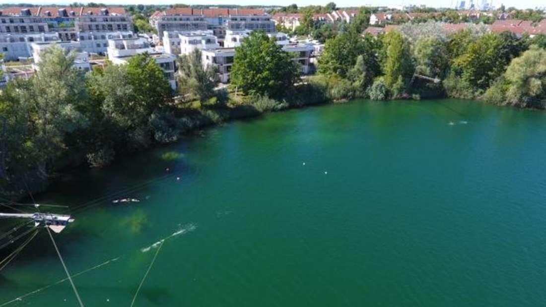 Wakeboard-Weltmeister fliegt in Rheinau durch die Lüfte.