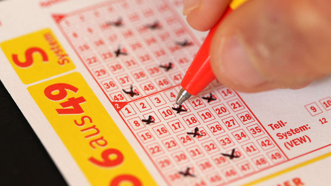 Bei der Lotto-Ziehung am Samstag (26.06.2021) liegen 15 Millionen Euro im Jackpot.