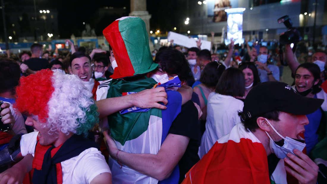 Fußball EM - Türkei - Italien - Impressionen Rom