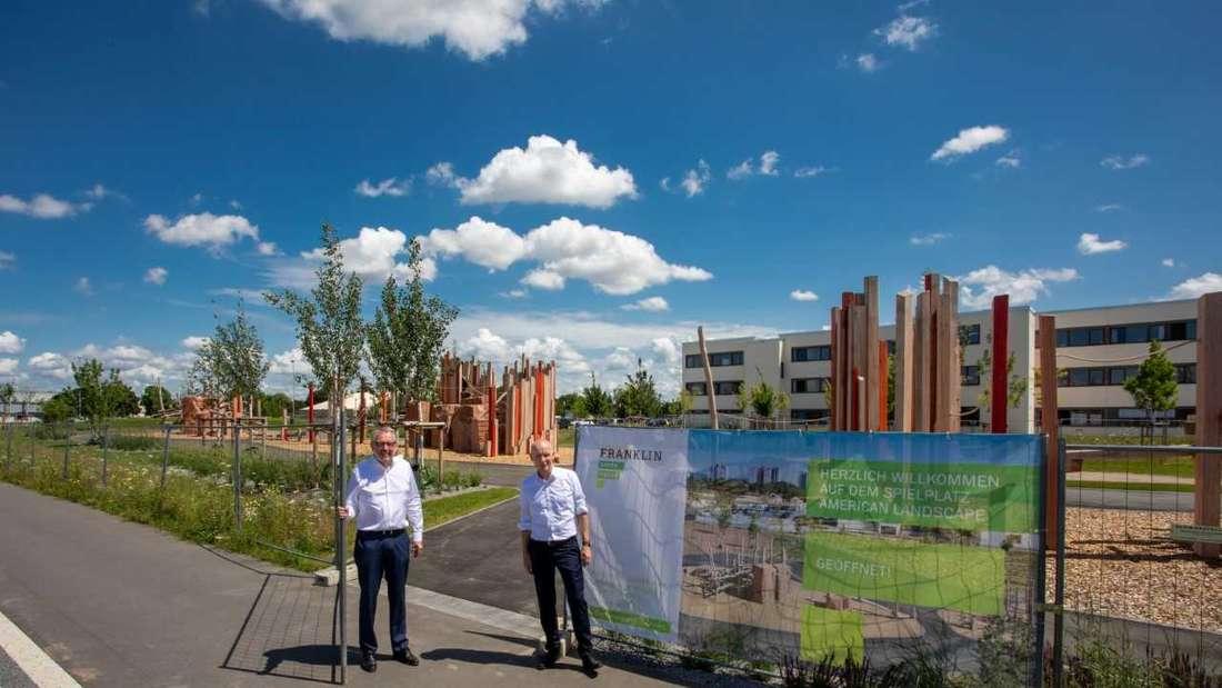 Offizielle Eröffnung des Spielplatzes mit Oberbürgermeister Dr. Peter Kurz und MWSP-Geschäftsführer Achim Judt