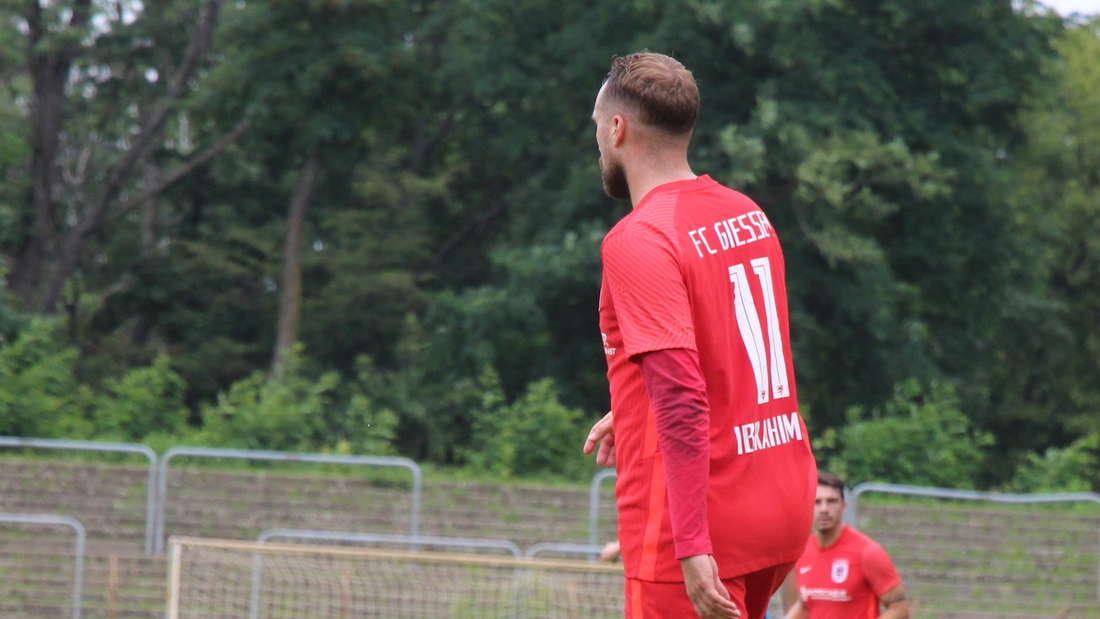 Ali Ibrahimaj beim Testspiel SV Waldhof gegen FC Gießen.