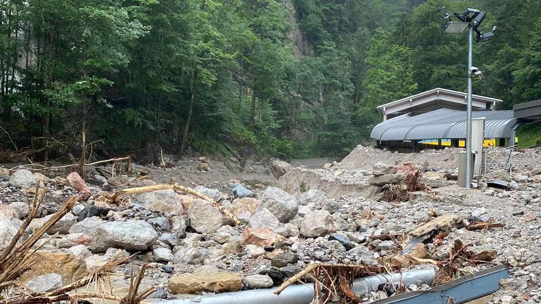 Die Bob- und Rodelbahn am Königssee ist durch das Unwetter schwer beschädigt.