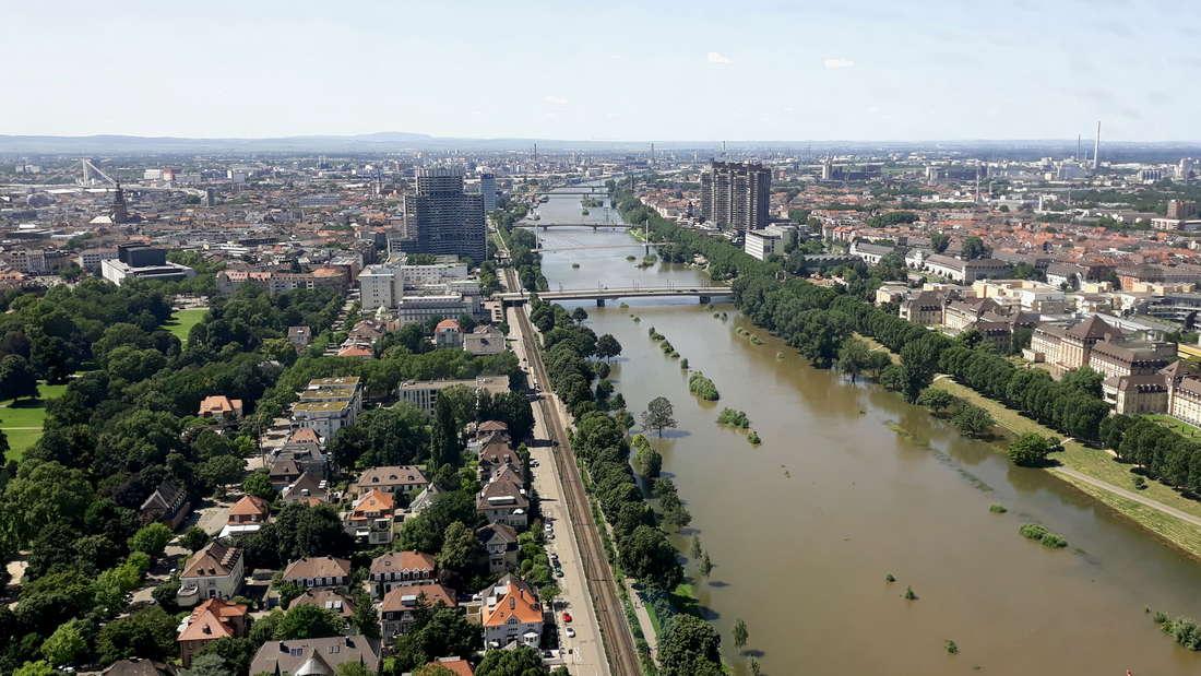 Hochwasser in Mannheim: Impressionen vom Neckar am Sonntag (18. Juli 2021).