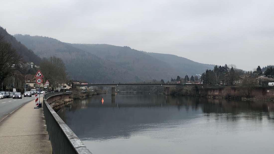 Die Ziegelhäuser Brücke verbindet Schlierbach und Ziegelhausen. (Archivfoto)