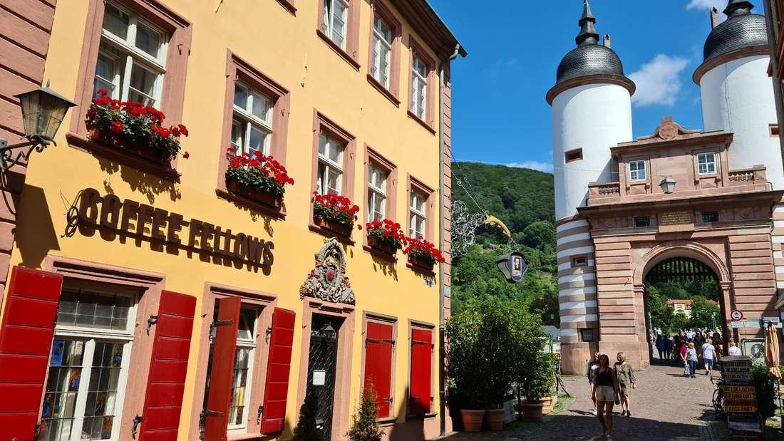 Im ehemaligen Goldenen Hecht in der Steingasse in Heidelberg-Altstadt zieht jetzt Coffee Fellows ein.