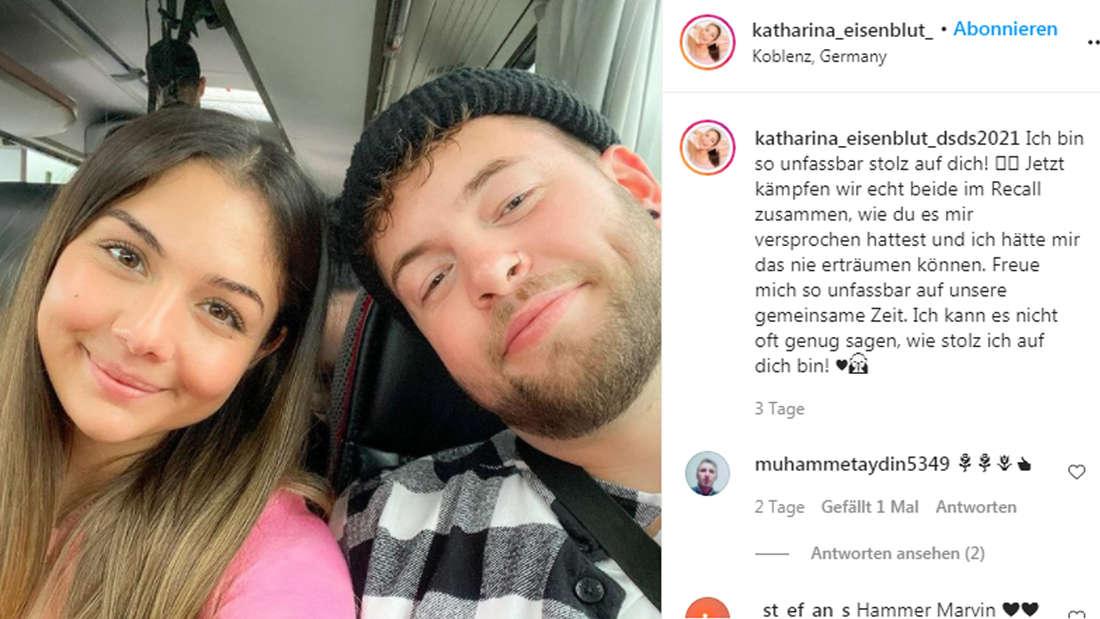 Katharina Eisenblut und Marvin Estradas strecken die Köpfe zusammen und lachen in die Kamera