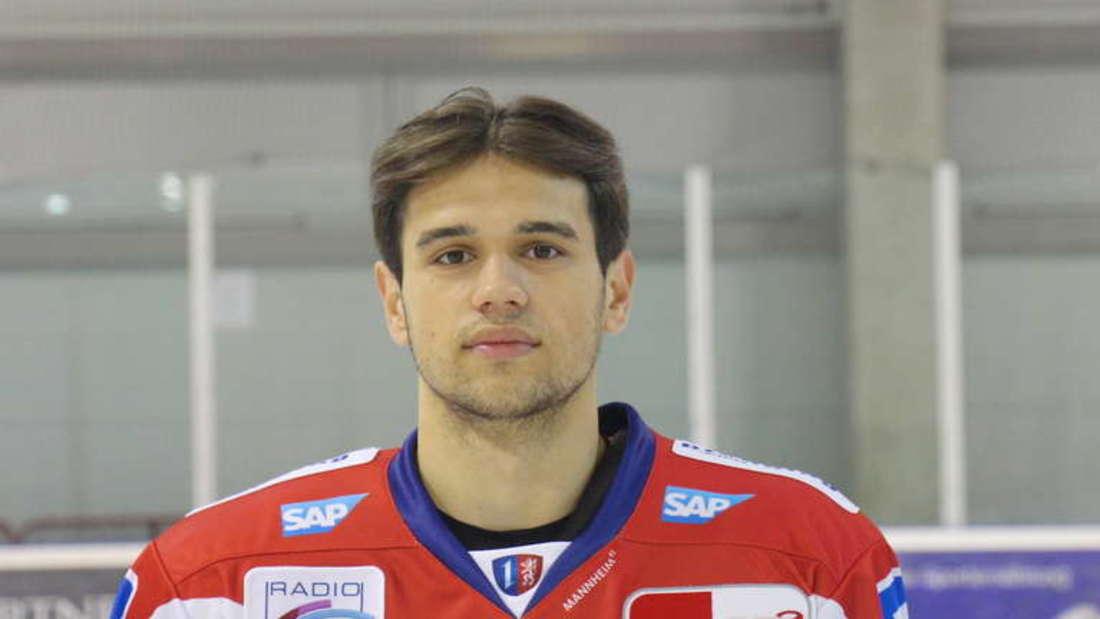 Neuzugang Ruslan Iskhakov hat seinen ersten Treffer für die Adler erzielt.