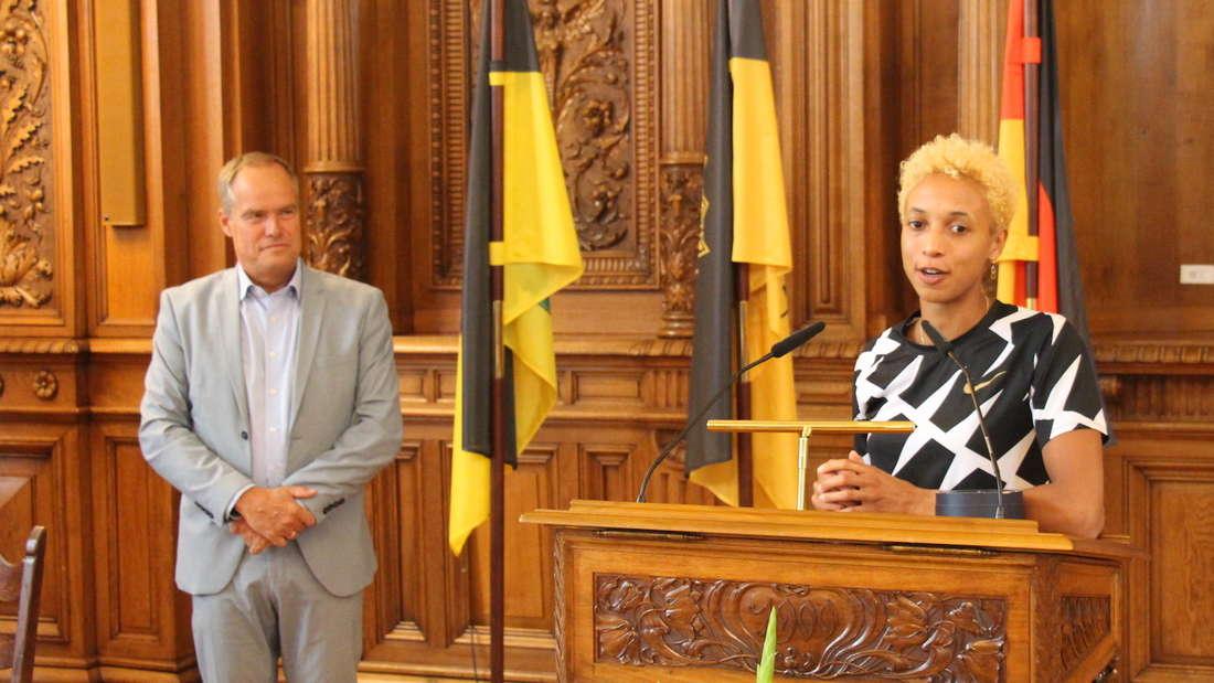 Malaika Mihambo wird im Heidelberger Rathaus geehrt.