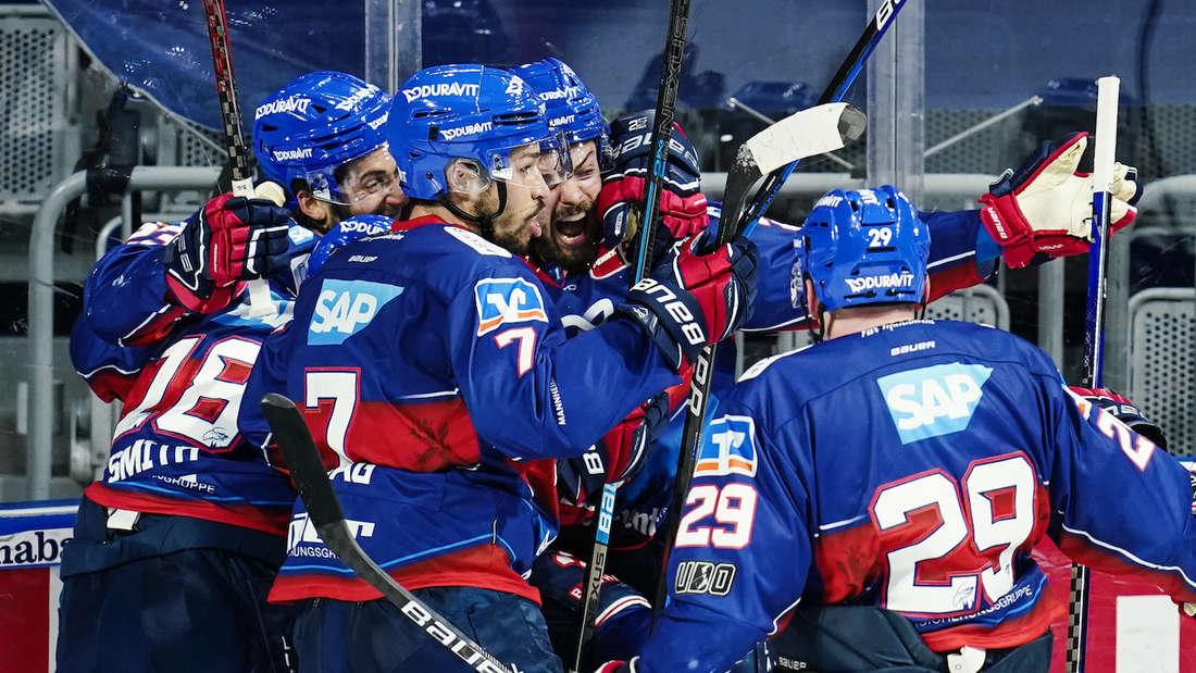 Auftakt für die Adler Mannheim in der Champions Hockey League.