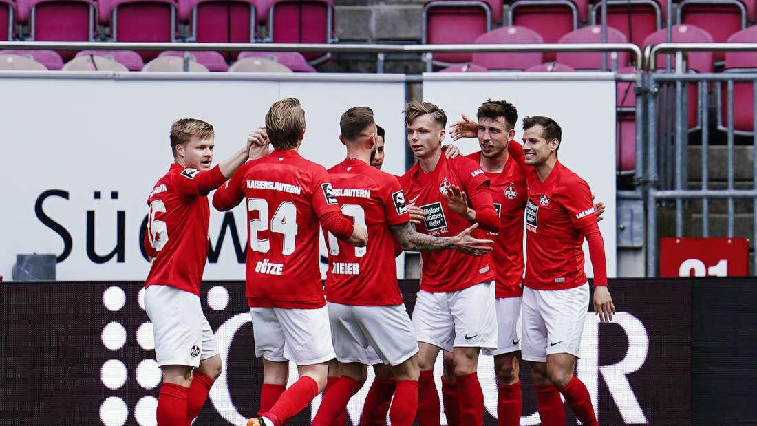 Der 1. FC Kaiserslautern gastiert am Samstag in Magdeburg (Archivfoto).