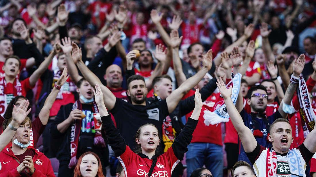 Die FCK-Fans freuen sich aufs Derby gegen Waldhof.