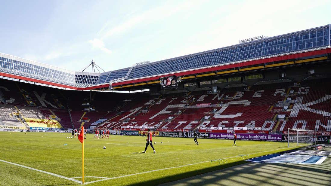 Künftig dürfen bis zu 25.000 Zuschauer das Fritz-Walter-Stadion besuchen.