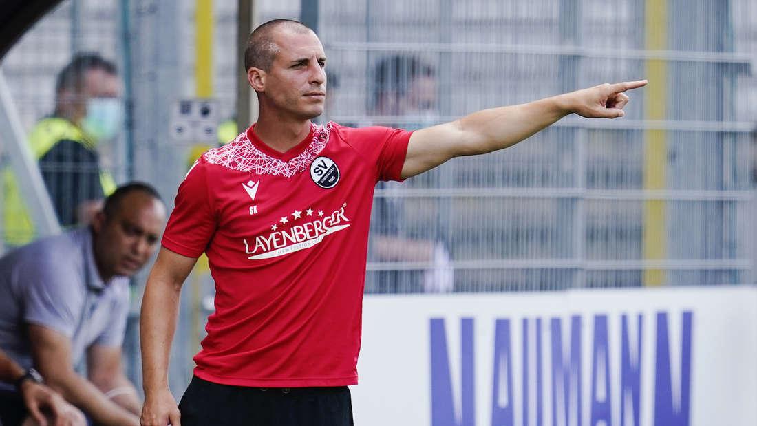 Sandhausen-Trainer Stefan Kulovits will mit dem SVS den ersten Heimsieg holen.