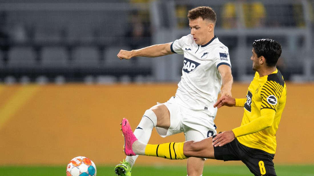 Dennis Geiger (li.) bleibt bis 2023 bei der TSG Hoffenheim