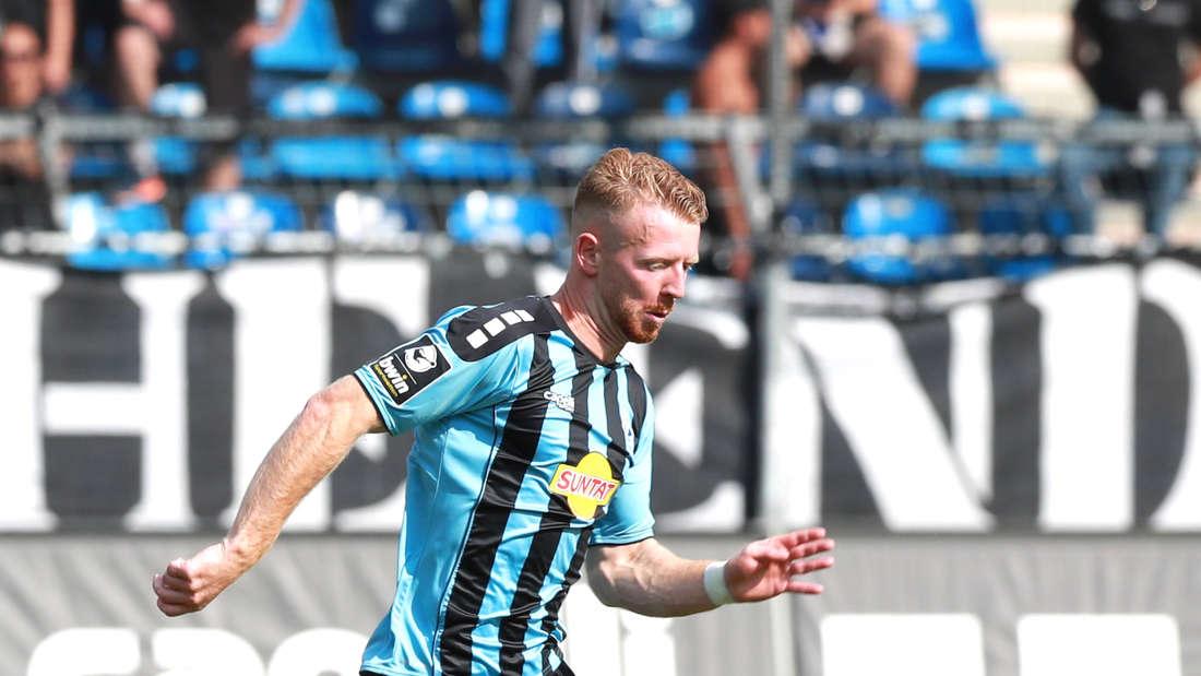 Dominik Martinovic im Spiel SV Waldhof gegen Hallescher FC.