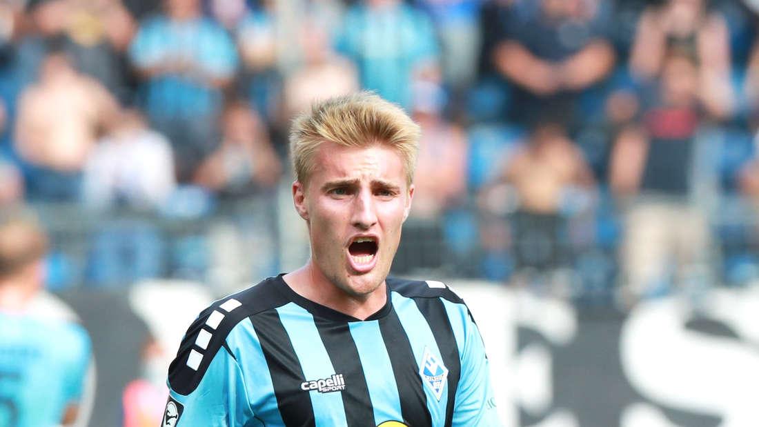 Fridolin Wagner bei SV Waldhof gegen Hallescher FC.
