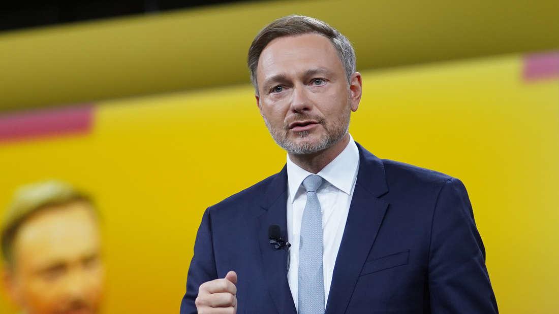 Christian Lindner (FDP) spricht beim Außerordentlichen Bundesparteitag seiner Partei